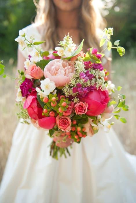 Novia con un ramo bouquet