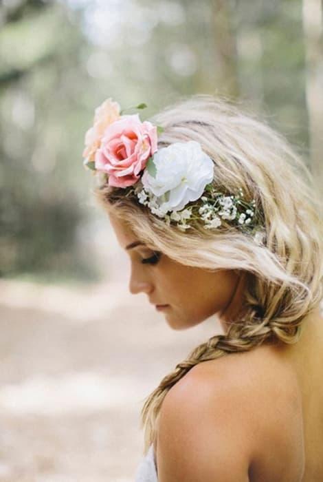 coronas de flores para una novia
