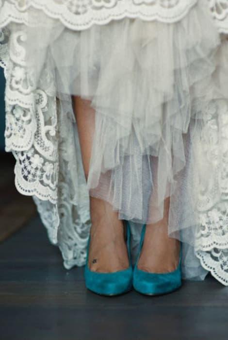 Zapatos de novia de color azul