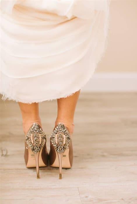 Talones de luzo para zapatos de novia