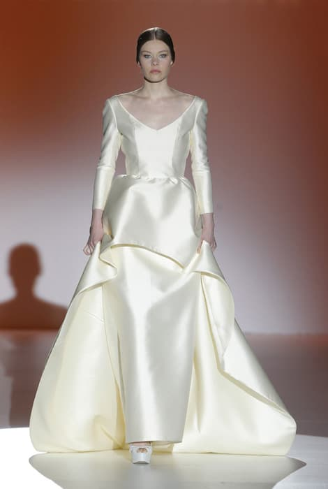 Juana Martín, vestido de novia de diseño geométrico