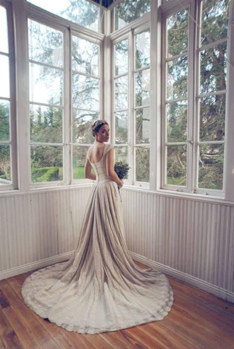 Vestido de novia de color de Marta del Pozo