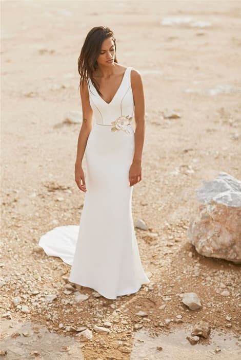Silvia Fernández vestido de novia escote en V