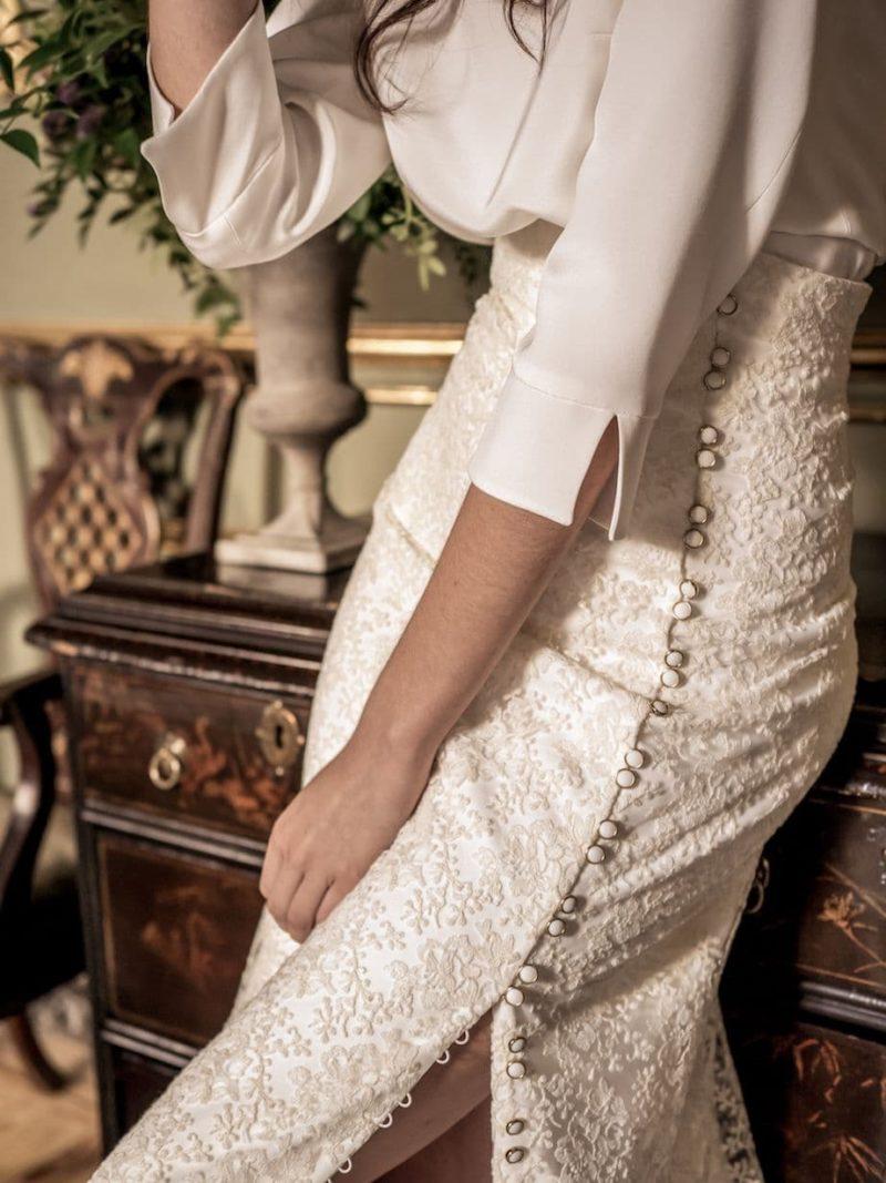 Conjunto de blusa y falda para novia de Alejandra Svarc