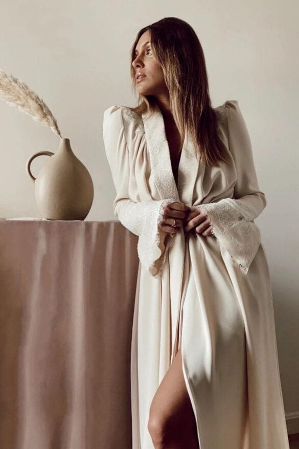 Bata de novia diseñada por Bridalada para Victoria