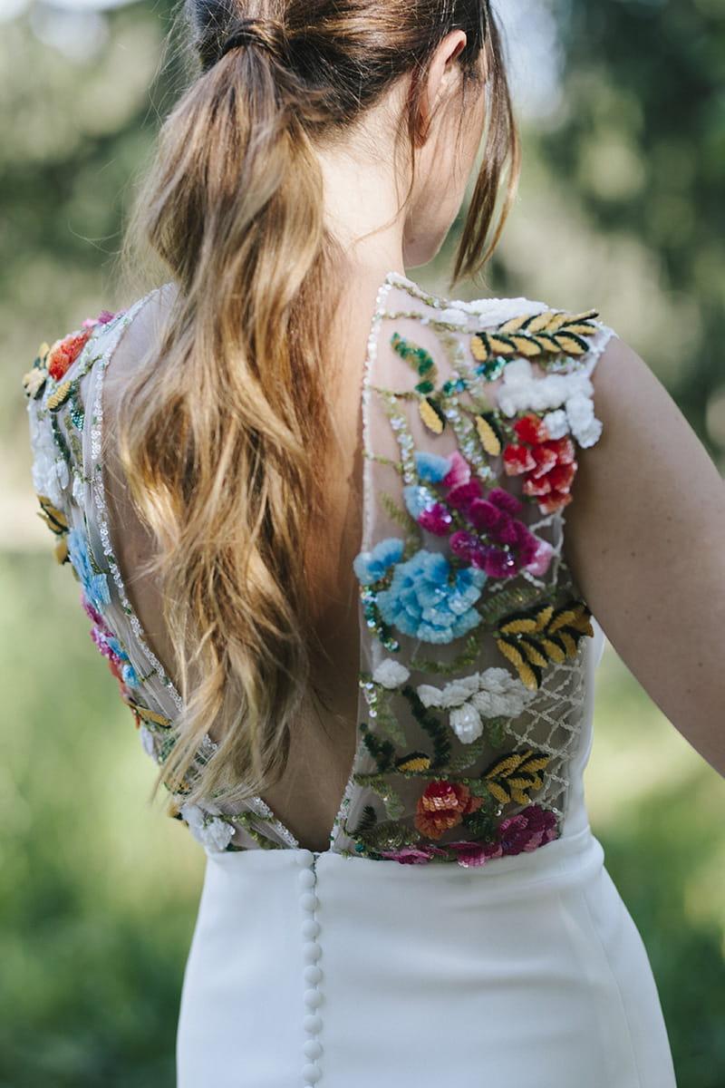 Vestido de novia de Beba's con flores bordadas en 3D