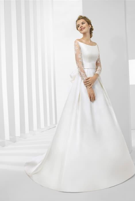 Vestido de novia con escote barco by Patricia Avendaño