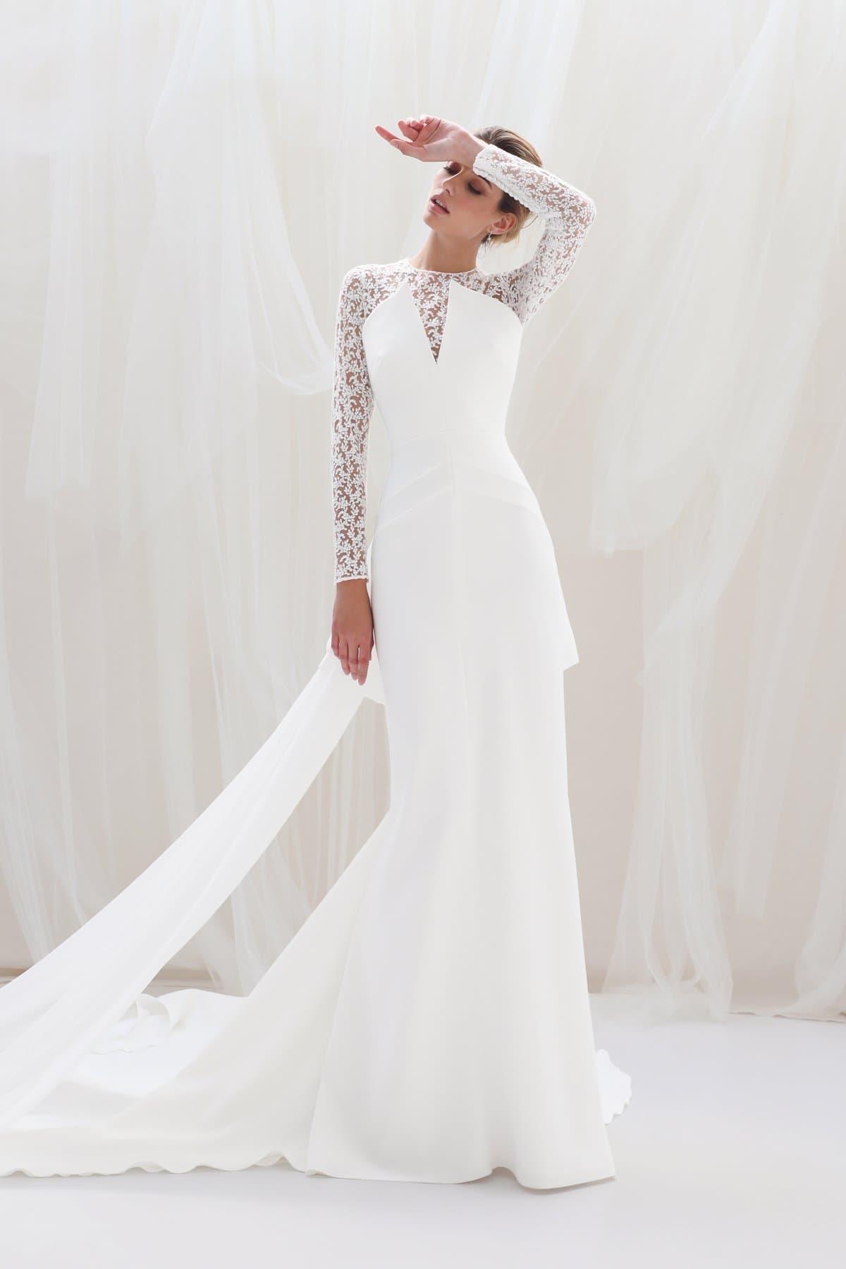 Vestido de novia de manga larga de tul bordado de Victoria 2021