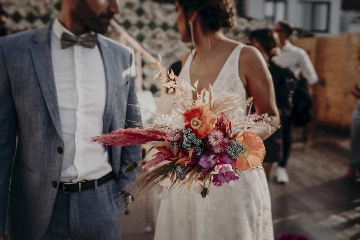 Ramo de novia de estilo bohemio y diferente