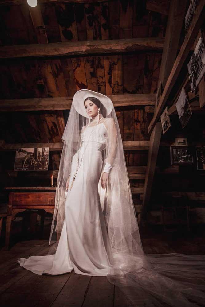 Montse Arias Costura, vestido novia coleccion bruma 2020