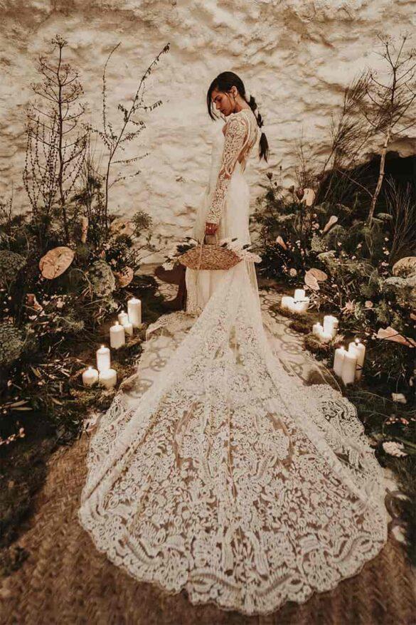 Vestido de novia de encaje y de estilo bohemio