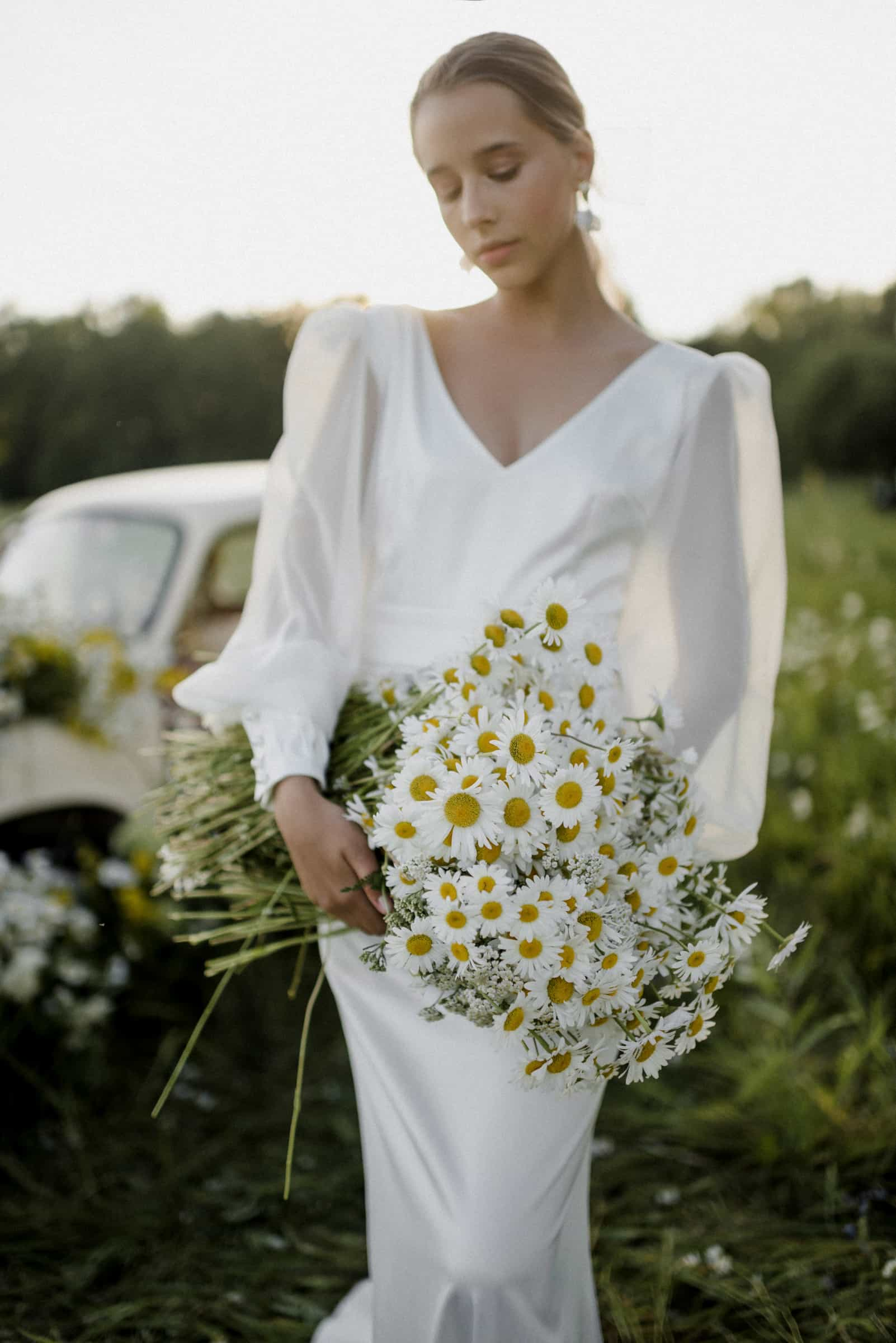 Vestido de novia con mangas abullonadas