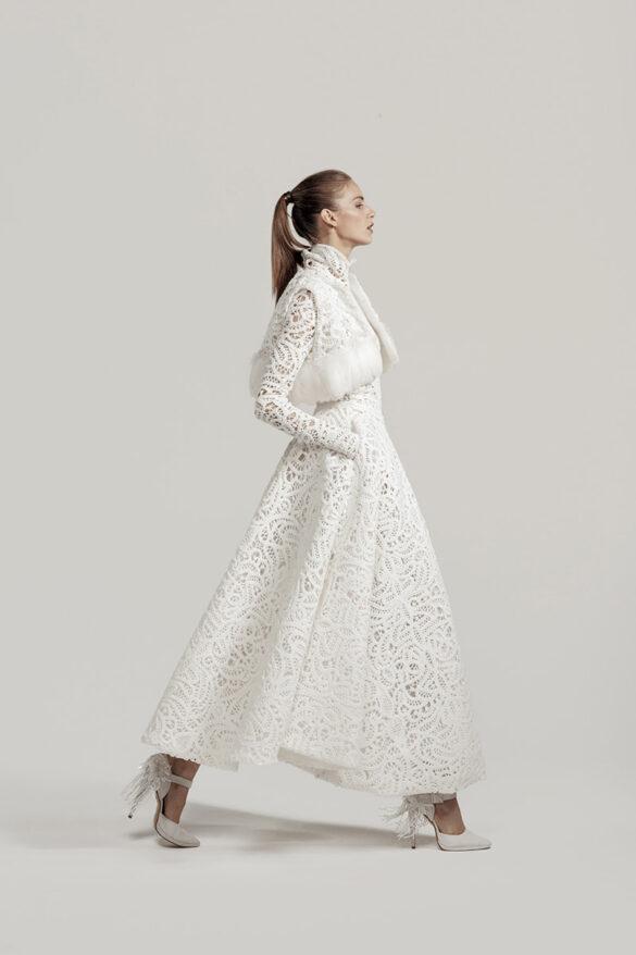 Vestido de novia de Isabel Zapardiez colección 2021