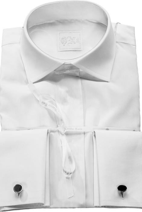 El traje del novio, la camisa