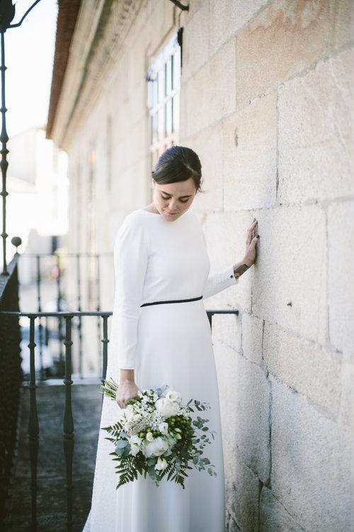 Vestido de novia con cola watteau de Franco Quintáns