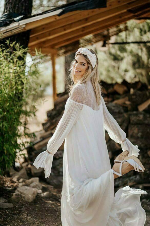Vestido de novia de Alma Aguilar colección 2021 MIA