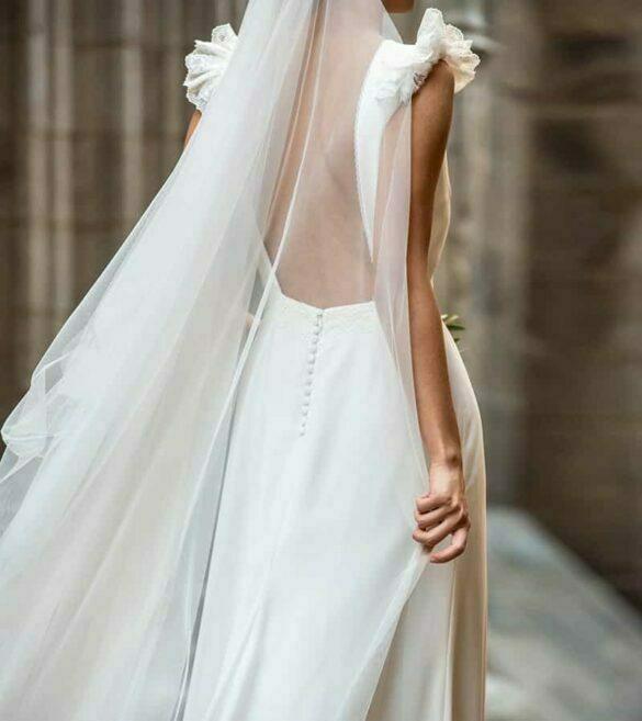 Vestido de novia de Cristina Tamborero colección 2021 Condal