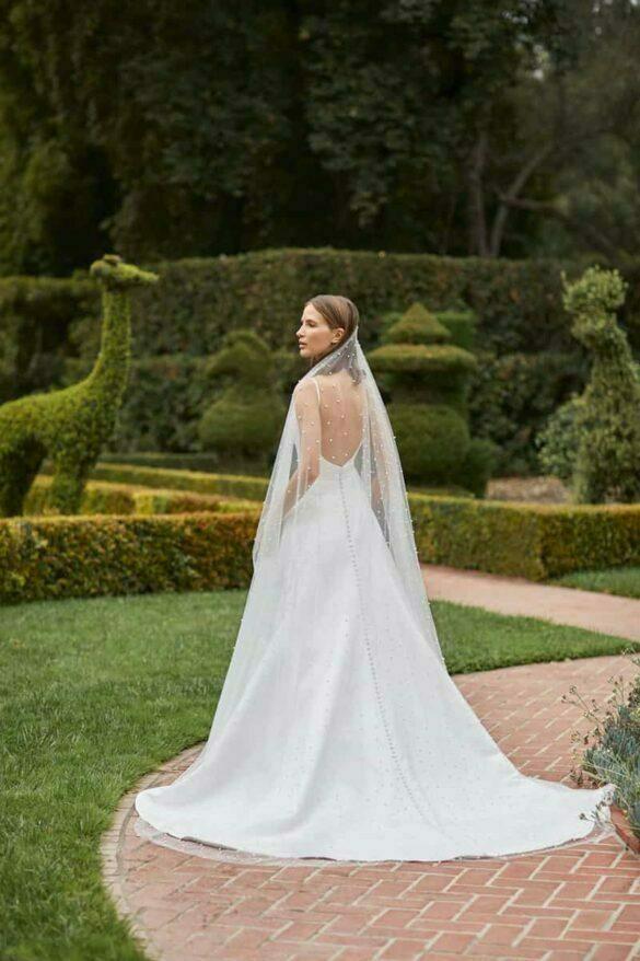Vestido de novia de Monique Lhuillier colección BLIS otoño 2021