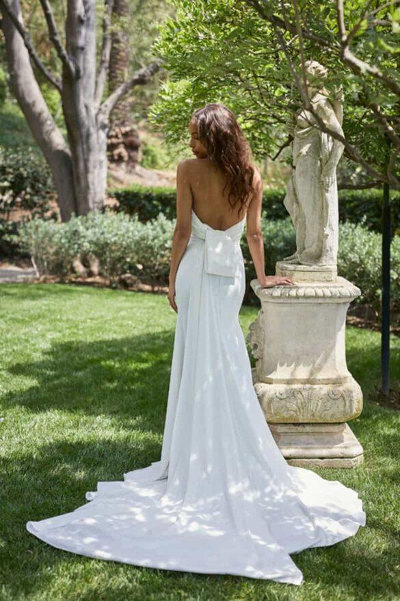 Vestido de novia de Monique Lhuillier colección BLISS verano 2021