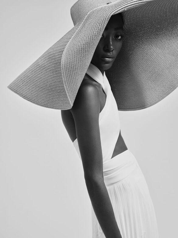 Vestido de novia de Yolancris colección 2021 Touch
